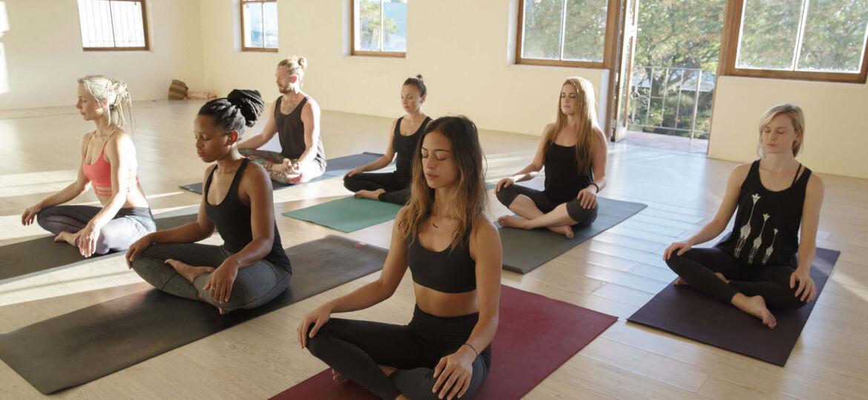 yoga-slide2
